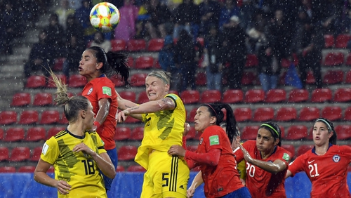 Sweden beat Chile after 40-minute weather delay