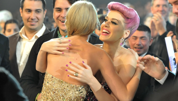 Hug it out. Taylor Swift and Katy Perry end feud