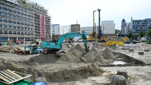 The Berlin construction site where a WWII bomb was found close to the Alexanderplatz