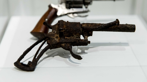 The 7mm Lefaucheux revolver is expected to fetch up to €60,000 at auction