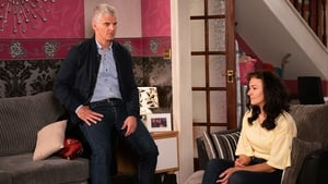 "Kerri Quinn - ""I don't think for one minute she would suspect him of living this double life. I think if she thought that she'd kick back into the Vicky of old"""