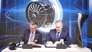 Gaël Méheust, CEO of CFM International and Dómhnal Slattery, CEO of Avolon at the signing of the latest deal at the Paris Airshow today