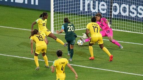 Sam Kerr drills home her third goal