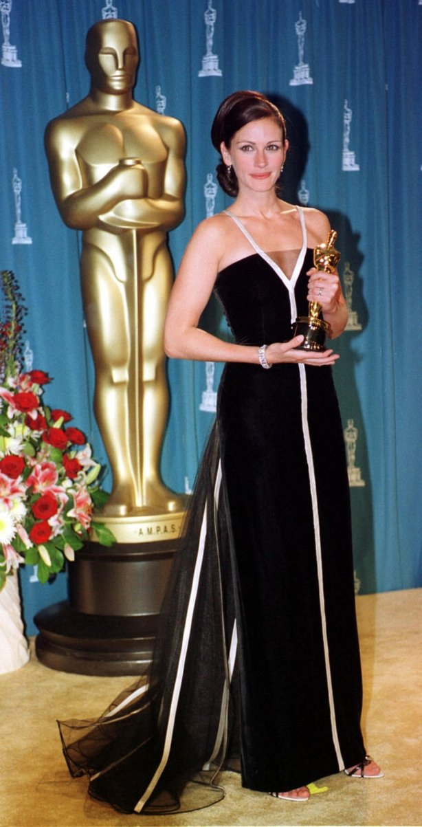Julia Roberts collects her Oscar for Erin Brockovich (William Conran/PA)