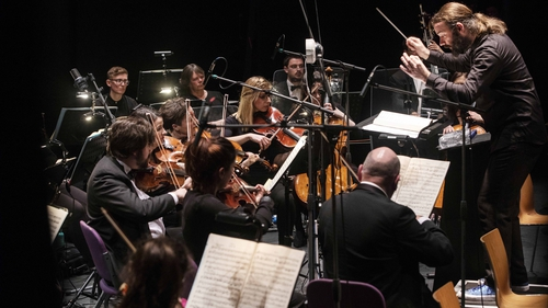 John O'Brien conducts the Cork Opera House Concert Orchestra