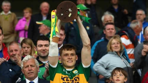 Gavin White lifts the Munster title at Pairc Ui Chaoimh