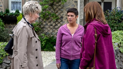 Victoria resolves to leave the village but a spanner is thrown in the works...