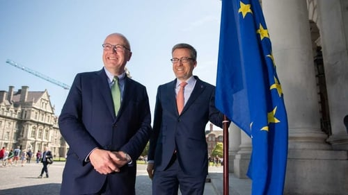 EU Commissioner for Research, Science and Innovation Carlos Moedas with Professor Mark Ferguson