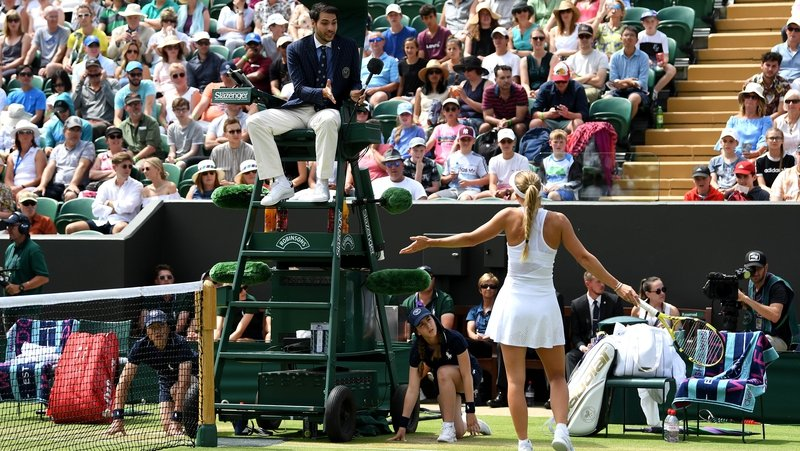Wozniacki fumes at 'crazy' Hawkeye after crashing out