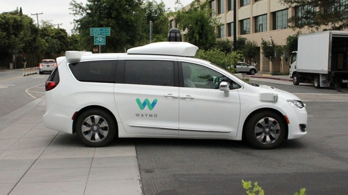 Waymo offers Wifi and other perks into robotaxis