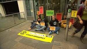 """Organisers say the protest was to """"highlight the Government blocking the Climate Emergency Measures Bill"""""""