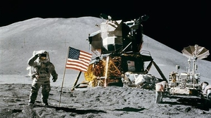 Can you get 4G on the moon? Apollo 15 commander David R. Scott on the moon in 1971. Photo: NASA