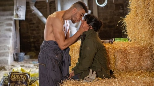 Sparks fly between Nate and Moira on Emmerdale