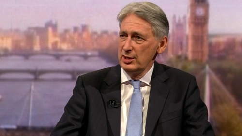Philip Hammond has suggested a deal that would allow the UK and Ireland to trade without tarrifs