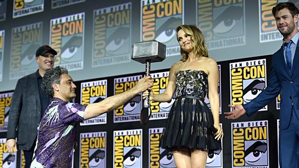 Taika Waititi, Natalie Portman and Chris Hemsworth at Comic Con