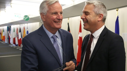 Barnier and Barclay to meet as Brexit deal hope revived