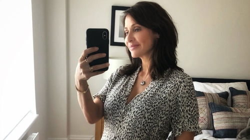 Natalie Imbruglia pregnant with first child