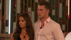 Maura and Curtis eyeing-up the Love Island prize money
