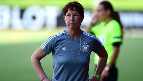 The German FA announced that Meinert left her post following the recent defeat to France in the U-19 European Championship final