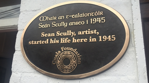 Locals, as well as the painter himself, attended the unveiling of a plaque marking the spot where he grew up in Inchicore