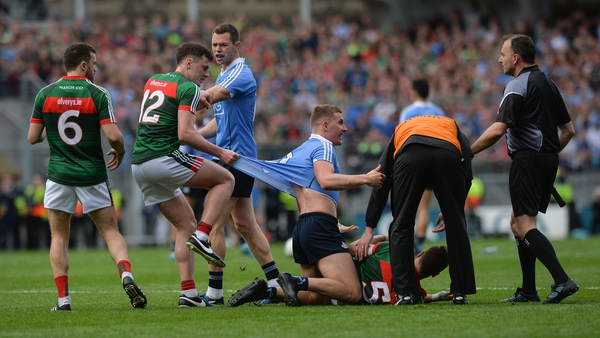 Checking the elasticity of the jerseys during the Dublin vs Mayo All-Ireland final in 2017