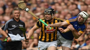 Séamus Kennedy (R) challenges Walter Walsh of Kilkenny during the 2016 All-Ireland hurling final