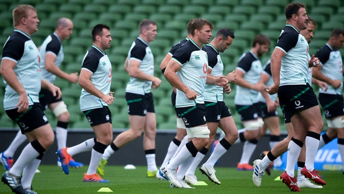 Ireland going through their paces on Friday morning at the Aviva