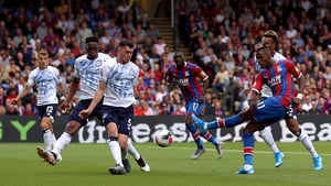 Crystal Palace's Wilfried Zaha shoots