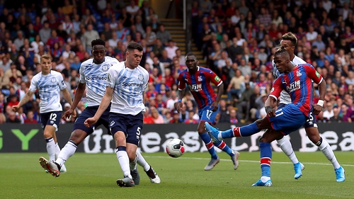 Crystal Palace's Wilfried Zaha shoots