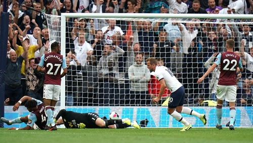 Two late goals from Harry Kane secured victory for Tottenham
