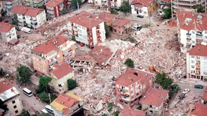 On Saturday, Turkey will mark the anniversary of quake that hit Izmit - around 100 km east of Istanbul - killing at least 17,400 people