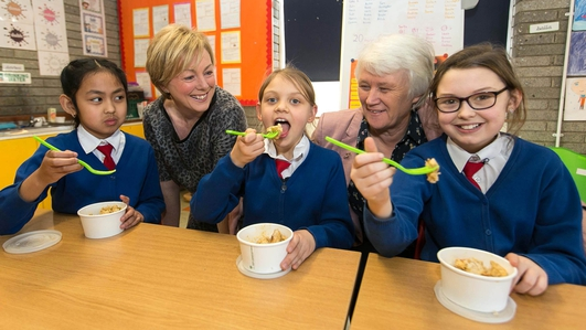 6,600 pupils from 36 schools will get a hot meal at school in September