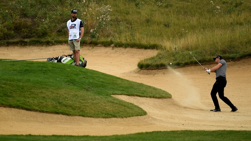 Pieters of gets out of the bunker on 13