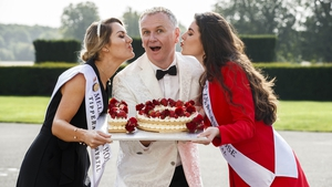 Ten times a charm! Dáithí Ó Sé hosts the Rose of Tralee competition for the tenth time next week