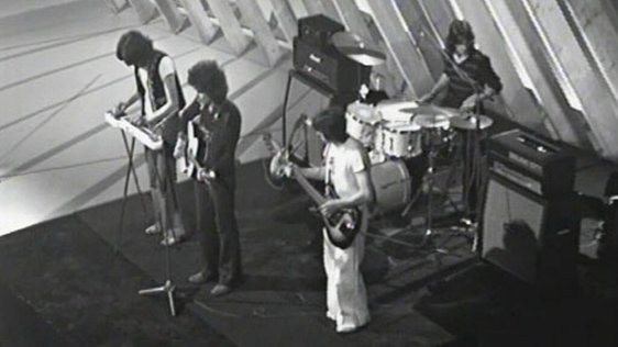 Clutch performing on 'Music Makers' (1974)