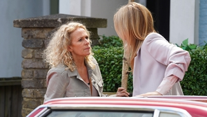EastEnders' Lisa Fowler returns to Walford and heads straight to Mel in need of help