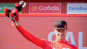 Nicolas Roche leads at the Vuelta a Espana after Stage 2