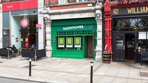 The deal between the Paddy Power owner and the Poker Stars owner will create the world's largest online betting and gambling company by revenue