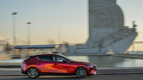 Mazda's all-new 3 does'nt conform to standard hatchback rules.