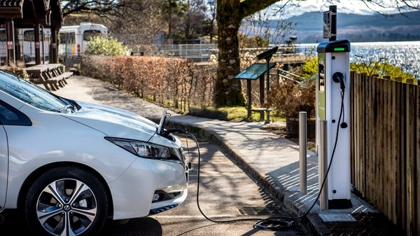 Average EV vehicle charging costs €15.08 in Ireland.