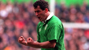 Eric Elwood was one of the leading Irish out-halfs in the 1990s