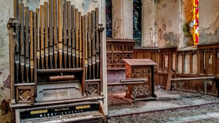 Photographer discovers famous artist's work in abandoned church