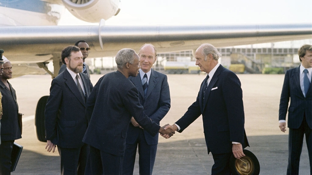 President Nyerere is greeted by An Taoiseach Jack Lynch, Dublin Airport (1979)