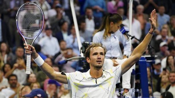 Daniil Medvedev defeated Grigor Dimitrov to reach his first Grand Slam final