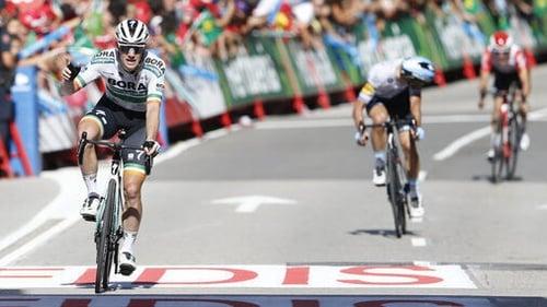 Bennett takes Vuetla's 14th stage in Spain