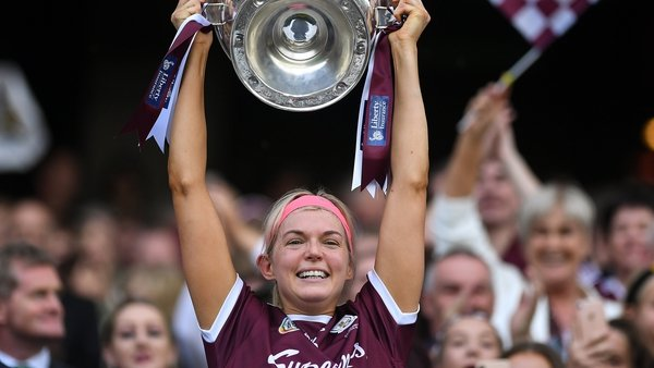 Galway captain Sarah Dervan lifted the O'Duffy Cup after their six point win over Kilkenny