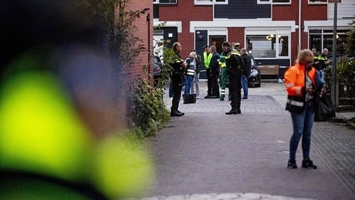 Police source confirmed a Dutch police officer shot and killed two family members and then himself