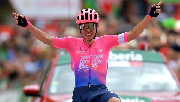 Sergio Higuita celebrates his victory