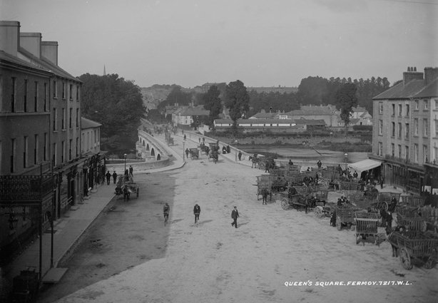 Queen's Square in Fermoy, Co. Cork. Photo: National Library of Ireland, L_ROY_07217