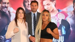 2012 Olympic champion Katie Taylor (L) is unbeaten in 14 professional fights